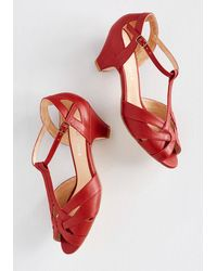 Chelsea Crew Architectural Tour Heel - Red