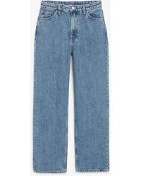 Monki Taiki Straight Leg Cropped Jeans - Blue