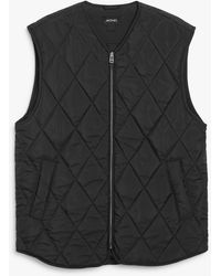 Monki Puffer Vest - Black