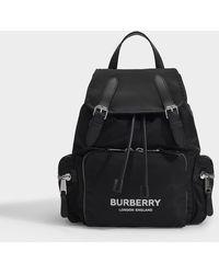 Burberry The Rucksack Medium aus schwarzem Nylon