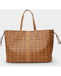 MCM Shopping Bag Toni In Cognac Visetos Canvas - Brown