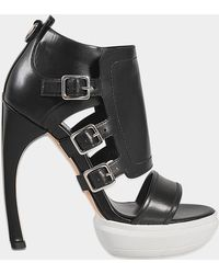 Alexander McQueen - Sandal With Buckles - Lyst