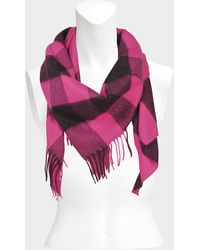 Burberry - 160x120x120 Overdyed Half Mega Cashmere Bandana Scarf In Bright Rose Pink Cashmere - Lyst