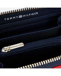 Tommy Hilfiger Poppy Medium Zip Around - Blue