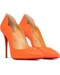 Christian Louboutin Pumps Hot Chick 100 aus Lackleder - Orange