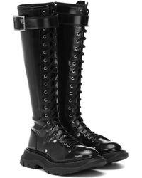 Alexander McQueen Bottes en cuir verni - Noir