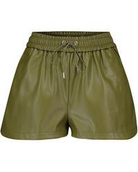 Frankie Shop Shorts Agata aus Lederimitat - Grün