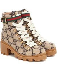Gucci Stiefelette aus Wolle mit GG Motiv - Natur