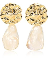 Peet Dullaert Vergoldete Ohrringe Cova mit Barockperlen - Mettallic