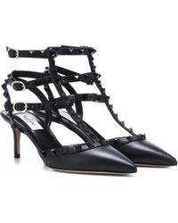Valentino Garavani Rockstud T-strap 105mm Sandal - Black