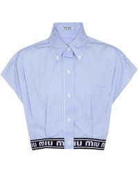 Miu Miu Chemise raccourcie rayée en coton - Bleu