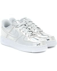 Nike Sneakers Air Force 1 aus Metallic-Leder - Mettallic