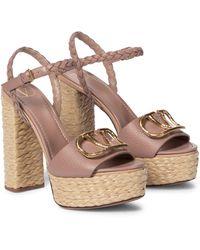 Valentino Garavani Valentino Garavani Vlogo Leather Platform Sandals - Pink