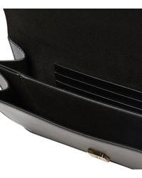 Fendi Schultertasche Flat Baguette aus Leder - Schwarz
