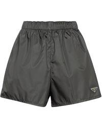 Prada Shorts de gabardina de Re-Nylon - Negro