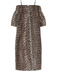 Ganni - Robe midi à encolure bardot à motif léopard - Lyst