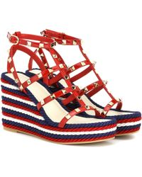 Valentino Torchon Leather Wedge Sandals - Red