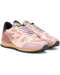 Valentino Rockrunner Camouflage Sneakers - Pink