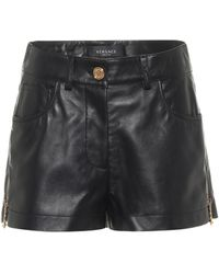 Versace Shorts de piel - Negro
