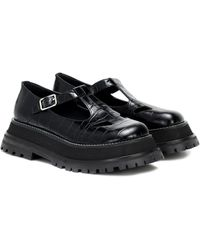 Burberry Embossed Leather T-bar Shoes - Schwarz