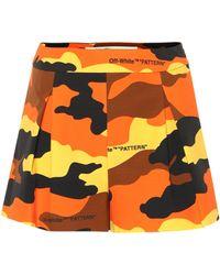 Off-White c/o Virgil Abloh Pantalones cortos con estampado militar - Naranja
