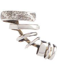 Alexander McQueen Ear cuff grabado - Metálico