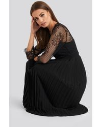 NA-KD Contrast Lace Midi Dress - Zwart