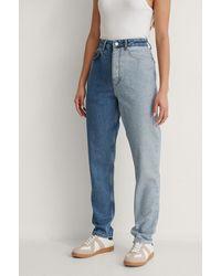 NA-KD Organisch Tweekleurige Jeans Met Hoge Taille - Blauw