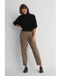 NA-KD Pantalon Met Diepe Plooien - Bruin