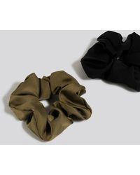 NA-KD 2-Pack Shiny Scrunchies - Noir
