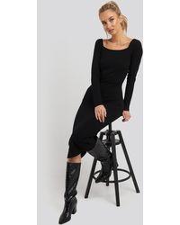 NA-KD Square Neck Long Sleeve Ribbed Midi Dress - Zwart
