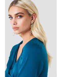 NA-KD - Delicate Hanging Flower Earrings Gold - Lyst