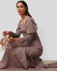 NA-KD Trend Maxi-jurk Met Lange Mouwen - Roze