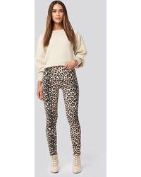 NA-KD Animal Printed High Waist Jeans - Zwart