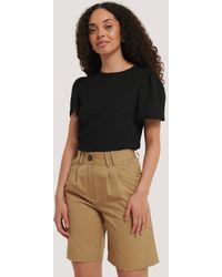 NA-KD Wide Bermuda Shorts - Bruin