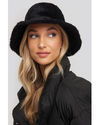 NA-KD Fluffy Bucket Hat - Zwart