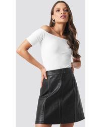 NA-KD Contrast Seam A-line Pu Skirt - Noir