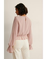 NA-KD Gerecyclede Dobby Blouse Met Ruches - Roze