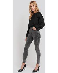 NA-KD High Waist Raw Hem Skinny Jeans - Schwarz