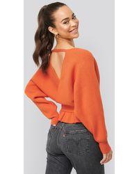 NA-KD Overlap Flounce Knitted Sweater - Oranje