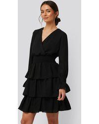 Trendyol Kleid Mit Geraffter Taille - Schwarz