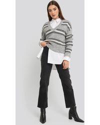 NA-KD V-neck Striped Knitted Sweater - Grau
