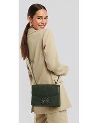 NA-KD Chain Strap Flap Bag - Groen