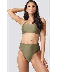 NA-KD Structured High Waist Bikini Panty - Groen