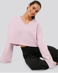 NA-KD Cropped V Neck Oversized Sweater - Rose
