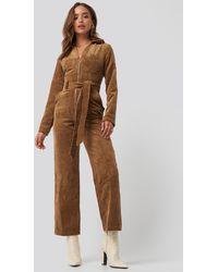Trendyol Velvet Jumpsuit - Bruin