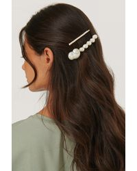 Mango White Petunia Hairclip