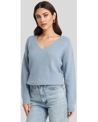 NA-KD Oversized V Neck Knitted Sweater - Blauw