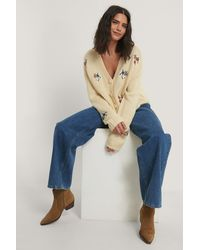 NA-KD Offwhite Embroidery Cropped Knitted Cardigan