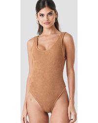 NA-KD Smocked High Cut Swimsuit - Marron